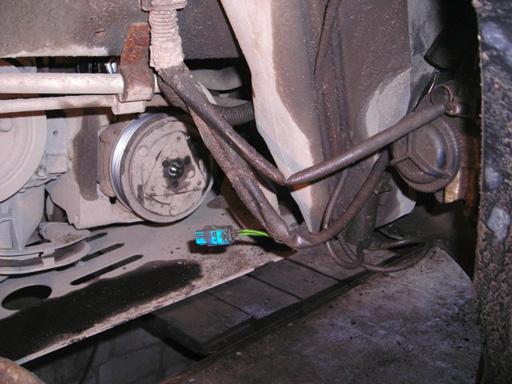 Замена ремня генератора, роликов и муфты кондиционера на Пежо 206