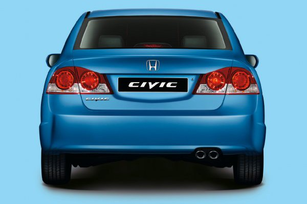 Honda-Civic-4D-03