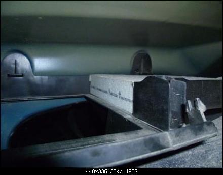 Замена салонного фильтра на Пежо 207