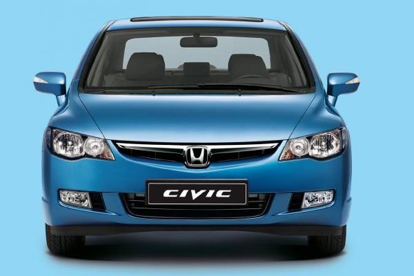 Honda-Civic-4D-01