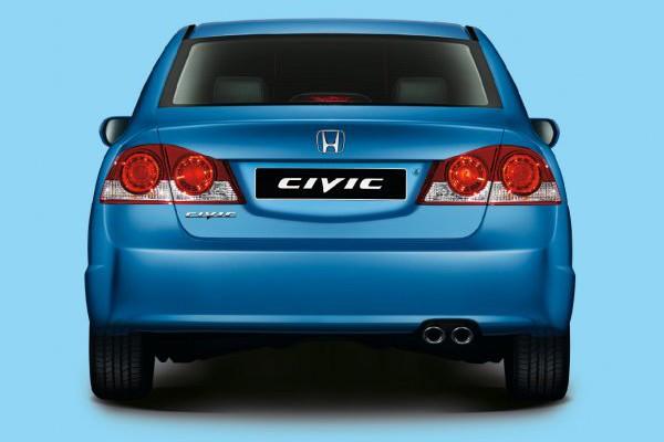 Honda-Civic-4D-03