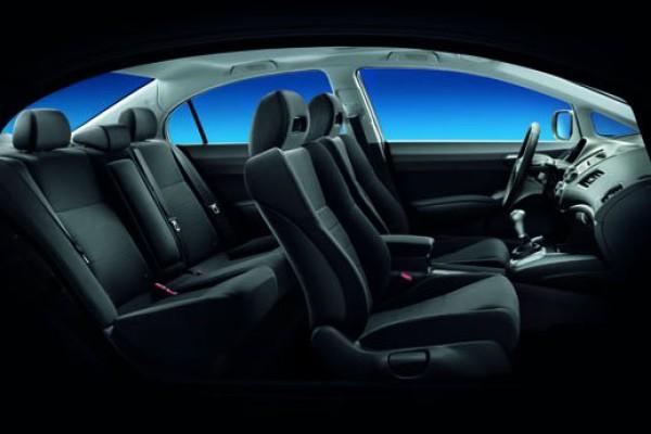 Honda-Civic-4D-07