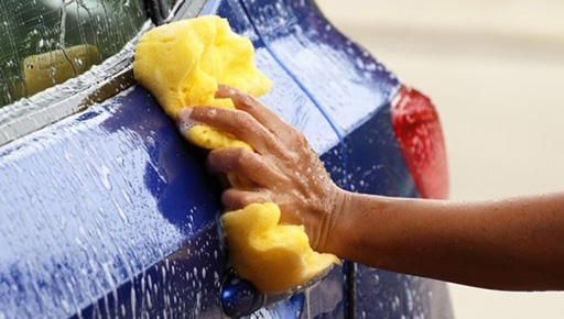 Как правильно мыть машину зимой